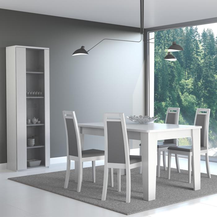 Sala de Estar: Vitrine, Mesa e cadeiras